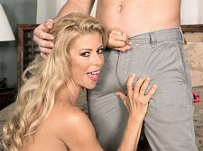 Alexis Fawx and the luckiest gent in the universe